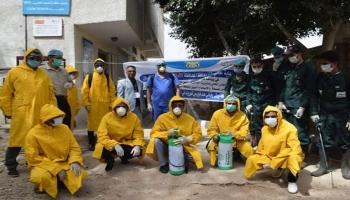 حملة تعقيم لأماكن التجمعات بتعز في ظل غياب المعدات الطبية لمواجهة كورونا