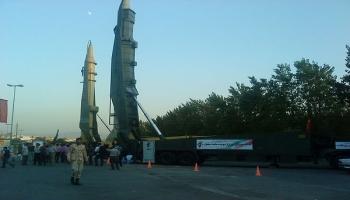 إيران تشيد قواعد صواريخ تحت الأرض على ساحل الخليج