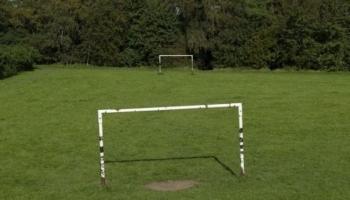 فريق كرة قدم يخسر مباراة 37-0 بسبب التباعد الاجتماعي