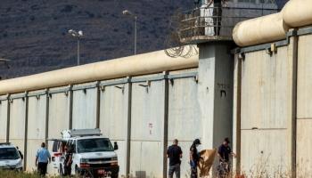 """الاحتلال يعيد اعتقال آخر أسيرين فرّا من سجن """"جلبوع"""""""