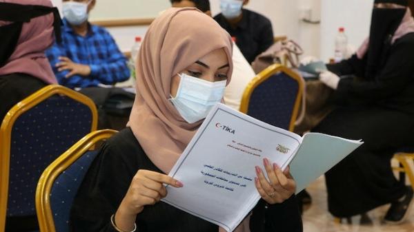 """عدن: تدشين برنامج تدريبي لـ120 عاملاً صحياً حول """"كورونا"""" بدعم الوكالة التركية"""