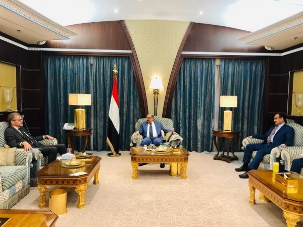 فرنسا تؤكد دعمها لوحدة وأمن اليمن