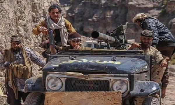 مواجهات عنيفة بين الجيش اليمني وقوات مدعومة إماراتيا جنوبي تعز
