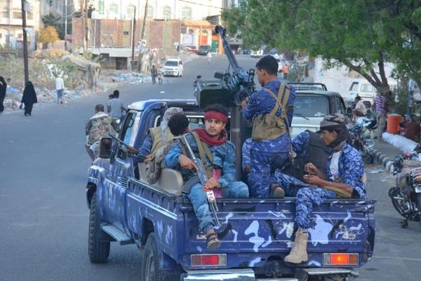 ضحيتها المدنيون.. عودة الاشتباكات المسلحة في تعز تثير سخطا شعبيا واسعا (تقرير)