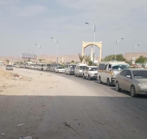 استمرار توافد مواكب حاشدة إلى مدينة سيئون من مختلف مديريات حضرموت