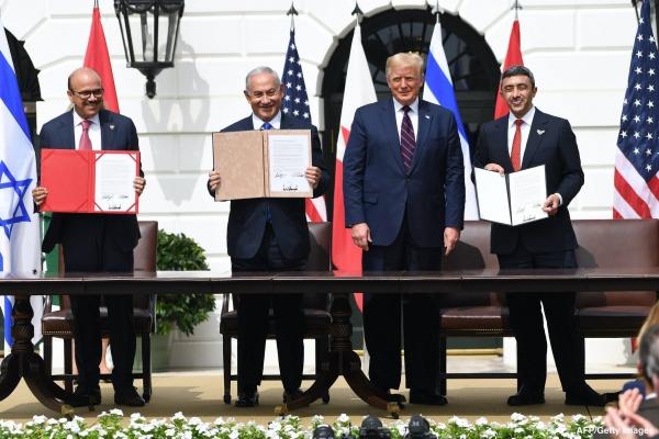الإمارات والبحرين توقعان اتفاقي التطبيع مع إسرائيل برعاية ترامب