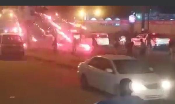المكلا.. قوات مدعومة إماراتياً تستخدم القوة المفرطة ضد المتظاهرين