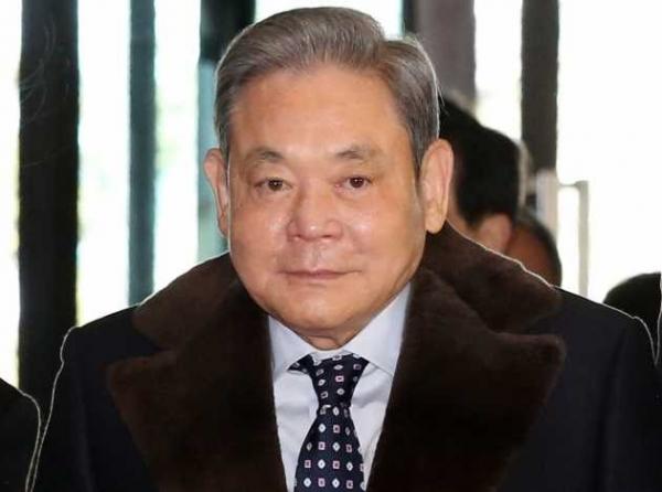 وفاة رئيس مجموعة سامسونغ بعد 6 سنوات من المرض