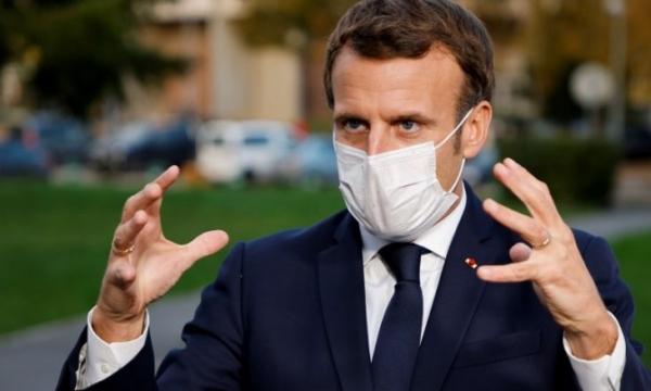 باكستان تستدعي السفير الفرنسي احتجاجا على إساءات ماكرون للإسلام
