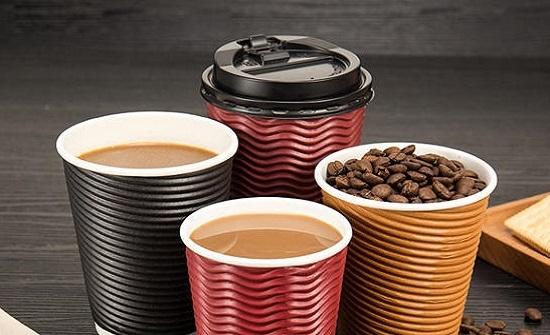 احذر.. شرب الشاي والقهوة بالأكواب الورقية يؤدي إلى الإصابة بمرض خطير