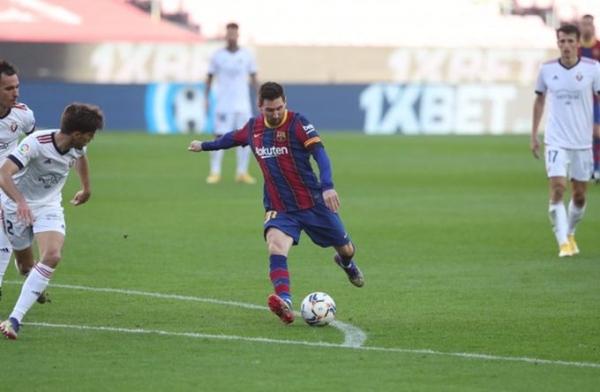 برشلونة يستعيد توازنه برباعية نظيفة أمام أوساسونا وسييداد يتعادل أمام فياريال