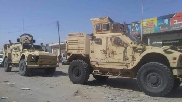 التحالف يقول إن عملية خروج القوات من أبين وعدن تسير بانضباطية والتزام