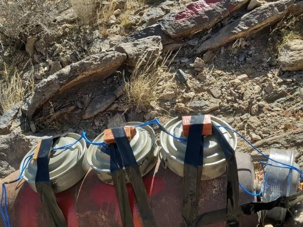 إتلاف قنابل من مخلفات الاحتلال البريطاني في محافظة شبوة