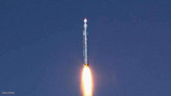 الحوثيون يطلقون صاروخا بالستيا على حي سكني في مأرب