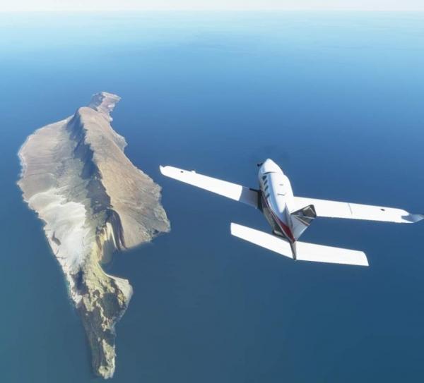 سقطرى..طائرات إماراتية تحط في جزر غير مأهولة بالسكان