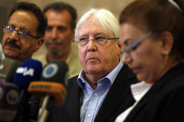 غريفيث يطالب أطراف النزاع بإشراك النساء في محادثات السلام