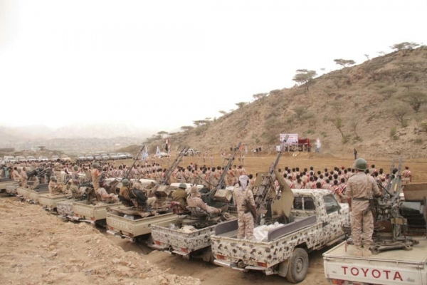 محور طور الباحة بلحج يدفع بتعزيزات عسكرية إلى مأرب