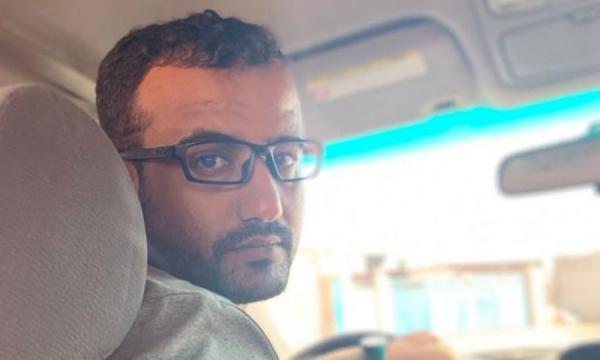 قبيلة الصحفي الحسني تحتجز 13 من الضالع ويافع في أبين حتى يتم الإفراج عن ابنهم