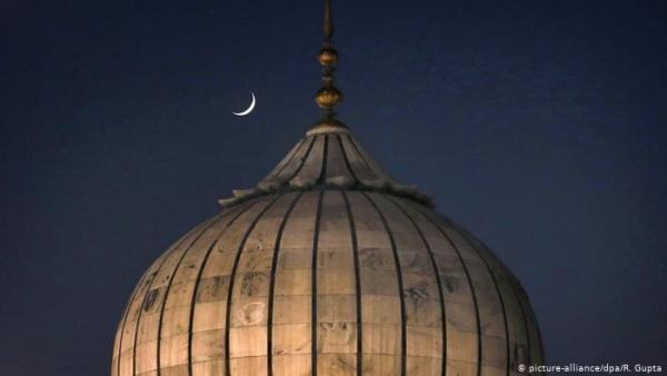 الثلاثاء أول رمضان في مصر وتونس واليمن والعراق ولبنان