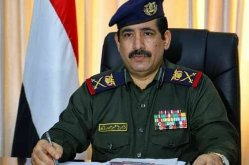 وزير الداخلية اللواء إبراهيم حيدان يغادر إلى الرياض للقاء الرئيس هادي
