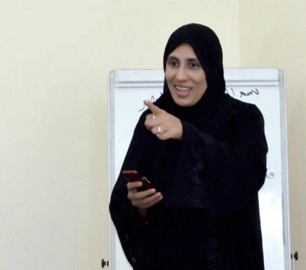 الناشطة منى هاشم إسماعيل