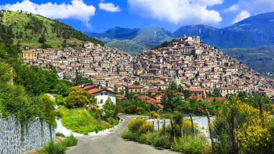 صورة لإحدى قرى إقليم كالابريا