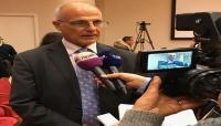 السفير البريطاني : نريد أن يكون الرئيس هادي والقوى السياسية في صنعاء لا في عاصمة مؤقتة