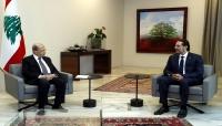 الحريري يعود لرئاسة وزراء لبنان ويتعهد بوقف الانهيار