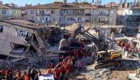 ارتفاع ضحايا زلزال أزمير في تركيا إلى 17 قتيلا و709 جريحا