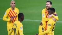 برشلونة يهزم أوساسونا ويقترب من صدارة الدوري الإسباني