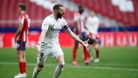 بنزيما ينقذ الريال من فخ أتلتيكو وبلباو يفوز على غرناطة في الدوري الإسباني
