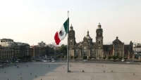 مكسيكيان يتحايلان بطريقة مبتكرة للحصول على لقاح كورونا