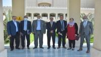 """وزير الإعلام يبحث مع رئيس الأوبرا المصرية إجراءات إقامة """"الأوركسترا التراثية اليمنية"""""""